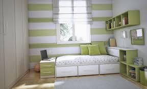 Tips On Small Bedroom Interior Design Homesthetics - Bedroom decoration ideas 2
