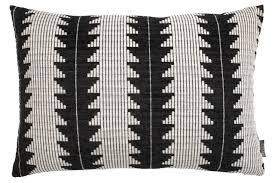 Cushion SKOGSIV <b>40x60</b> black/white | JYSK