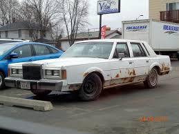 1989 Lincoln Town Car (Beater) by eyecrunchyfraug on DeviantArt