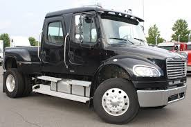 freightliner | ... Now that's what I call a Big Pickup! freightliner ...