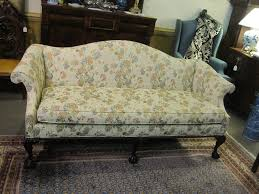 Queen Anne Style Living Room Furniture Queen Anne Sofa Hotornotlive
