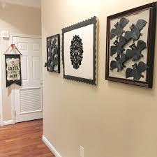 Scary halloween decorations… i love them!!! Diy Halloween Decor Lauren Heller Art Consultant