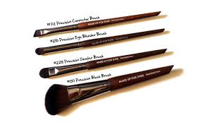 finally the 172 precision corrector brush is an odd little number it can be used for lining the eyes and shading eyebrows but according to mufe it s for