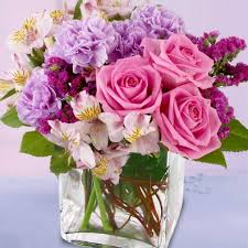 florist in tulsa flower delivery this traditional cube design is the perfect choice for your