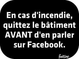 Les Panneaux Facebook  - Page 2 Images?q=tbn:ANd9GcQzbHa3YNjpO9OO5Ly304qte0k4gvQTWOxzMHdZl2-HJ4z2Icb1WA