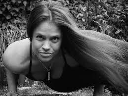 Melanie Lowe - MoreYoga