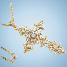filigree cross solid 18k yellow gold with chain natural diamonds