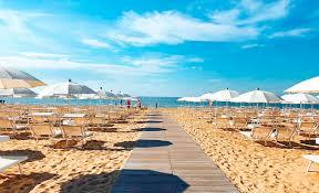 Risultati immagini per jesolo beach