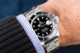 a guide for the first time rolex buyer a show of hands buying a rolex for the first time can be a scary process