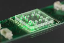 Light Based Computer Chips Technique Combines Light Based Analytical Methods With