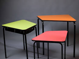 345 Program A school table that encourages student interactions