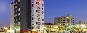 hilton garden inn querétaro méxico fachada del hotel
