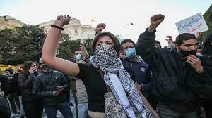 عن أزمة تونس واحتجاجاتها