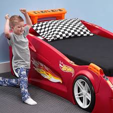 Hot Wheels Toddler-to-Twin Race Car Bed - Red