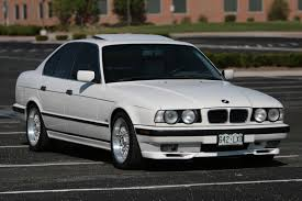 BMW 5 series 540i 1994 | Auto images and Specification