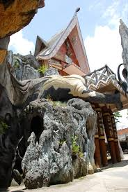 Hang Nga Guesthouse a.k.a Crazy House