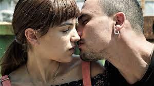 Bild zu Simone Liberati - Pure Hearts : Bild Selene Caramazza, Simone  Liberati - FILMSTARTS.de