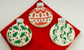 decorated round christmas sugar cookies. Plain Decorated Ornament Stencil Cookies HowTo For Decorated Round Christmas Sugar O