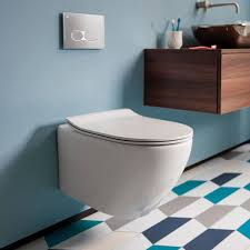 Bauhaus Svelte Wall Hung Toilet & Soft Close Seat - 520mm Projection