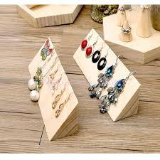 Jewelry Stands And Displays 100 best Jewelry Display Ideas images on Pinterest Display 54