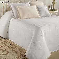 bedding bedspreads uk quilted bedspreads king hotel bedspreads oversized blankets extra large king size coverlets extra