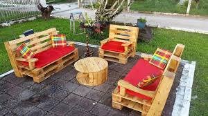 recycled pallets outdoor furniture. Unique Outdoor Wooden Pallets Patio Lounge Furniture In Recycled Pallets Outdoor Furniture G