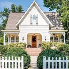 white exterior paint colors to try now