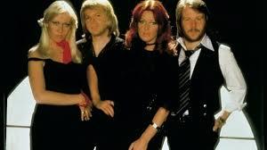 Im frühjahr 1982 ging abba ein weiteres mal als gruppe ins studio, um ein neues album aufzunehmen. Abba Gold Die Greatest Hits Zum 40 Jubilaum