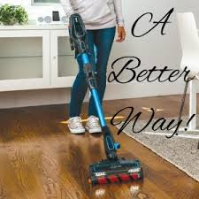 that it requires a vacuum with special features to work best on hardwood floors