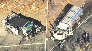 5 Dead After 4-Vehicle Crash Obliterates Cars on Long Island: Police ...