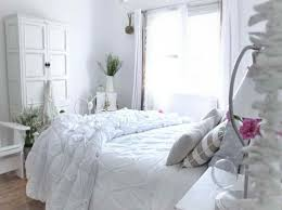 White Bedroom Decorating Awesome Design Cottage Bedroom Decorating Ideas  With White Theme White Bedroom Vanities White Bedroom Vanity White Bedroom  Curtains