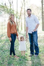 Family Picture Best 25 Family Photo Outfits Ideas On Pinterest Family Photo