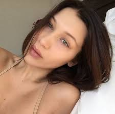 22 unseen pics of famous models without make up will shock you 03