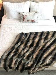 faux fur fake fur throw blanket comforter pillow bedspread stole cashmere fabric by the yard lynx