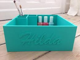 makeup box for keeping your makeup nice and neat