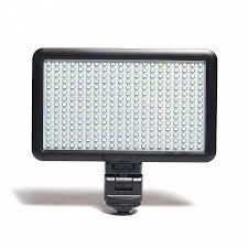 <b>Осветитель Fujimi FJ-SMD150</b> от 3950 р., купить со скидкой на ...