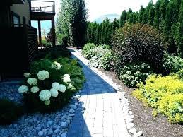 diy front yard ideas sidewalk ping front yard walkway ideas best on easy diy front yard ideas