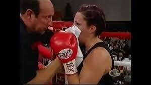 Video female fist fight