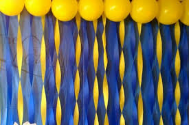 Streamers for Minion party