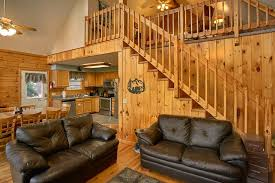 ... Spacious Living Room In 3 Bedroom Cabin   A Ruff Life ...