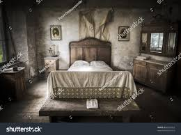 Scary Old Bedroom At Night Car Pictures Car Canyon - Creepy basement bedroom