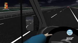 Guida contromano e causa un incidente mortale, la ricostruzione video -  YouTube