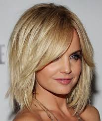 Mid Length Textured Hairstyles Celebrity Haircuts Blonde Medium Bob With Layers Hair