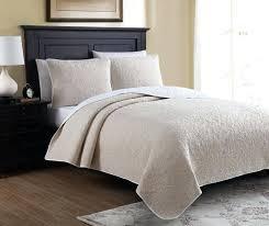 white queen quilt set