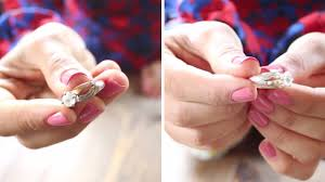 how to clean silver jewelry at home