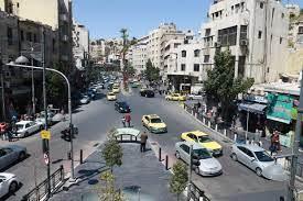 الأردن: إصابة أربعة رجال أمن في مواجهات قرب عمان عقب تجميد عضوية نائب  بالبرلمان
