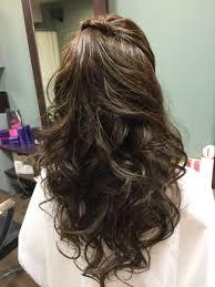 グラデーションカラー ハーフアップのヘアスタイル髪型ヘア