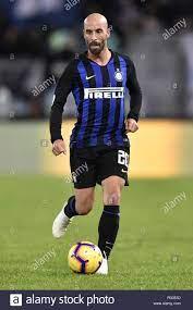 Borja Valero von Inter Mailand in der Serie A Match zwischen Latium und  Inter Mailand im Stadio Olimpico, Rom, Italien Am 29. Oktober 2018. Foto  von Giusepp Stockfotografie - Alamy