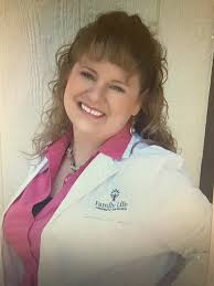 dr kristina gibbons d c earned her doctorate at cleveland chiropractic college kansas city she has practiced in both the kansas city metro area as well
