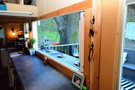 Tiny-House-On-Wheels-With-Entertaining-Space_14